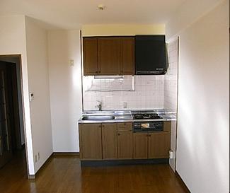 マンションのキッチンを改修